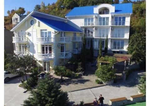Отель Форест